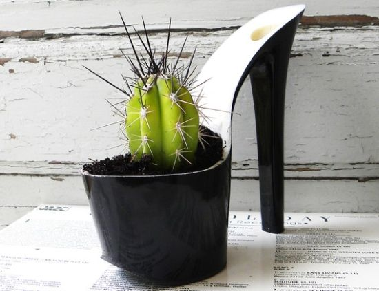 Upcycled-stiletto-planters-3